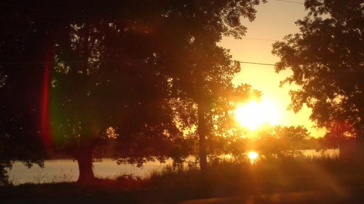 130401_sunset_lake