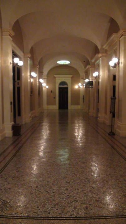 130624_marble-hallway