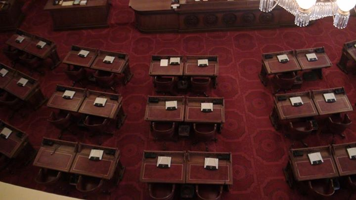 130709_legislature_desks