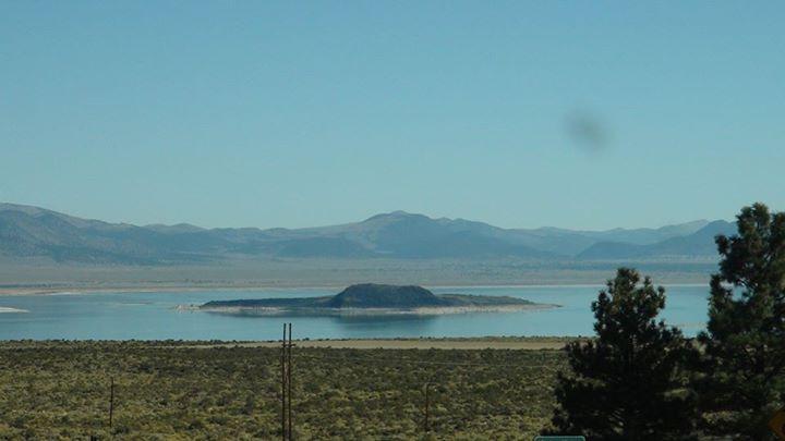130909_salty_lake