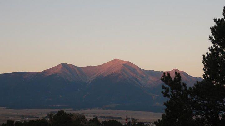131018_reddish_evening_on_mountain