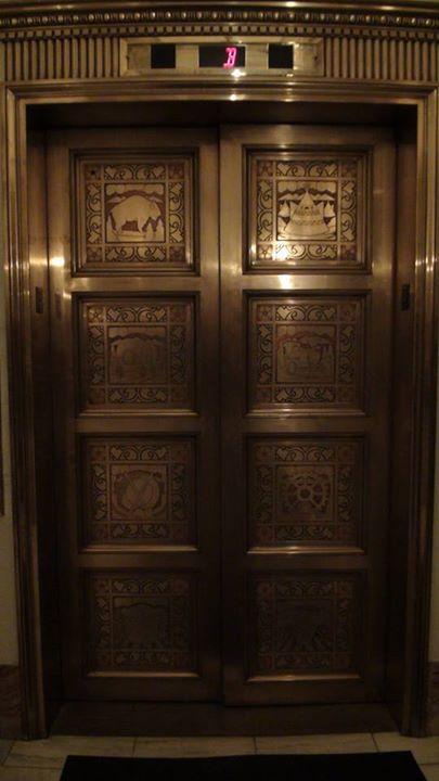 131218_elevator_doors