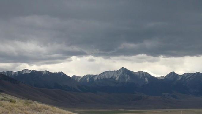 150119_snowy_peaks