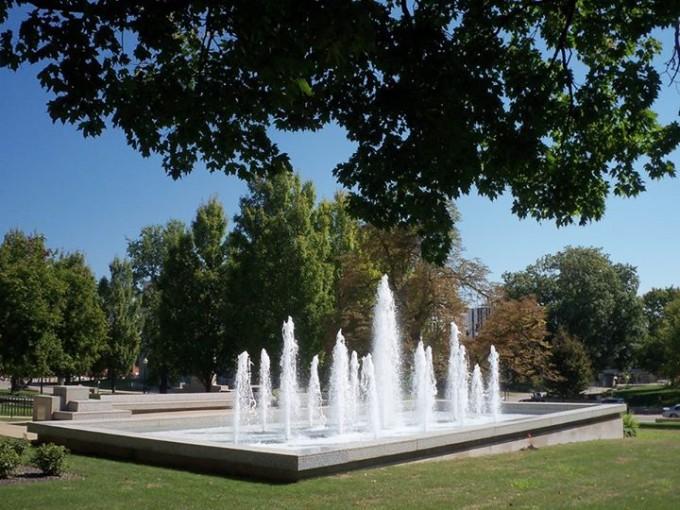 150312_fountain