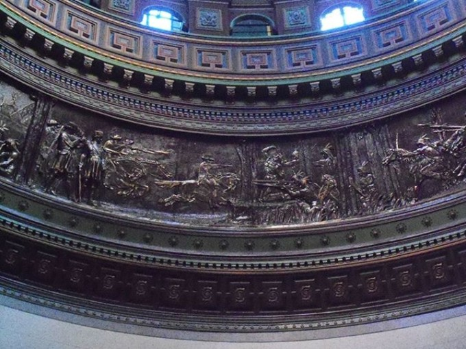 150408_bronze_ring_of_murals