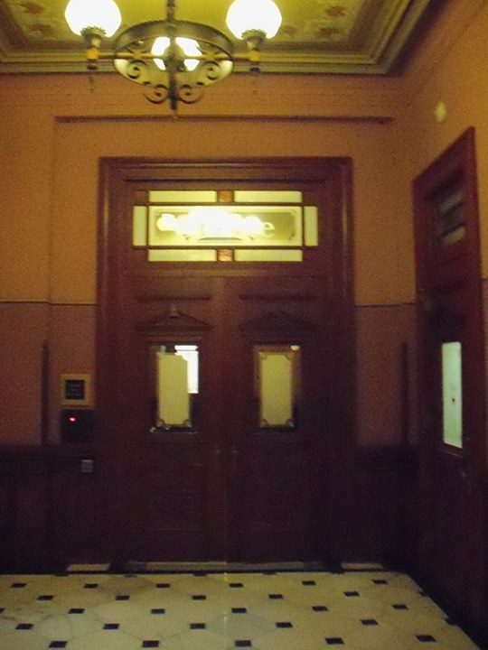 150410_doorway