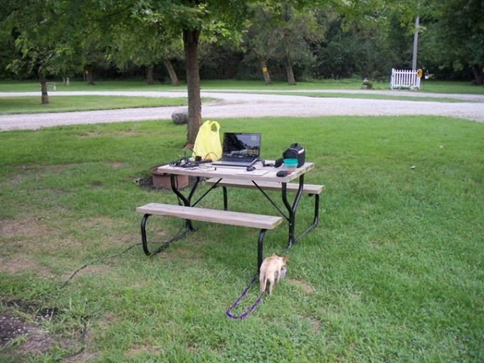 150718_picnic_table_desk