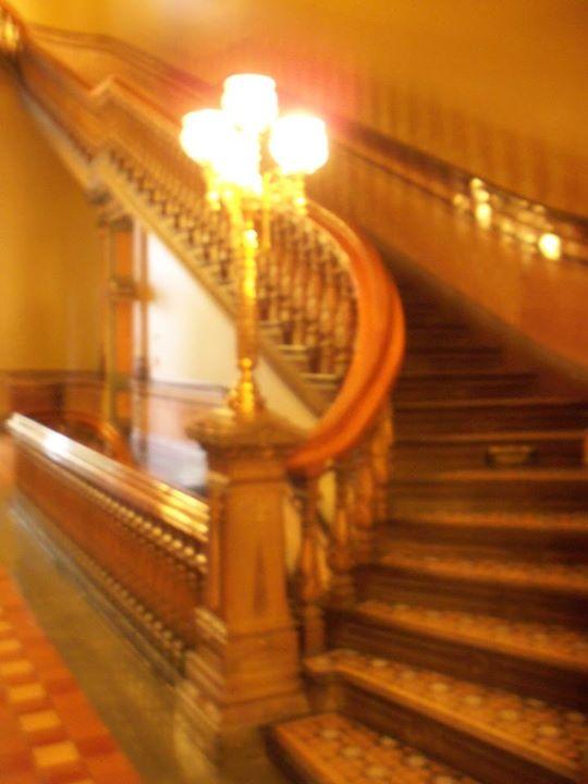 150829_blurry_stairs