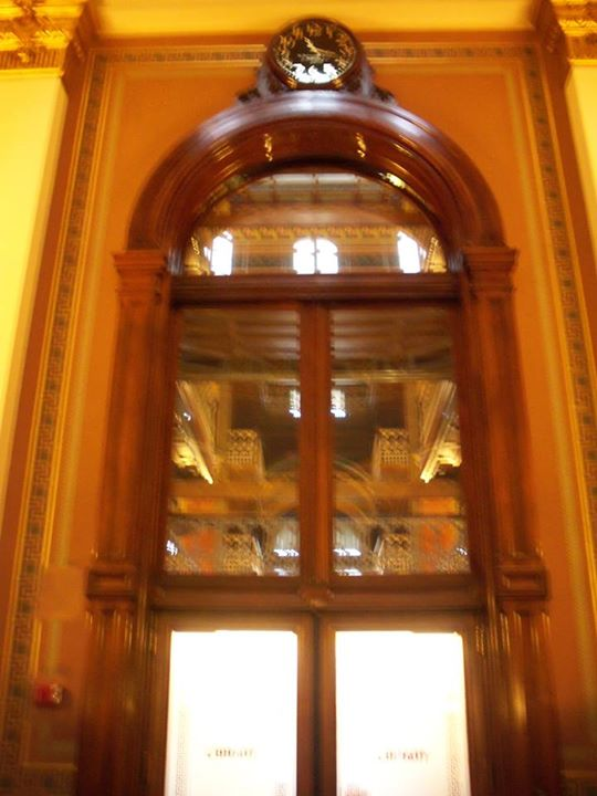 150909_blurry_window_above_door